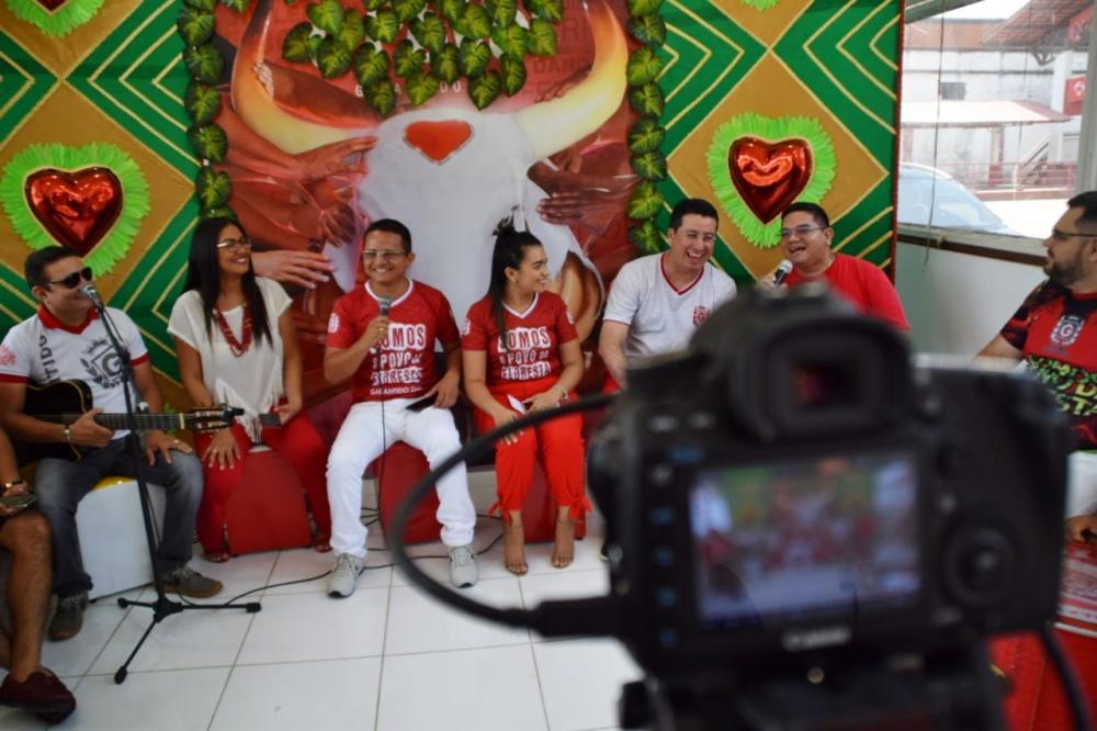 Garantido estreia programa na internet com homenagem as mulheres