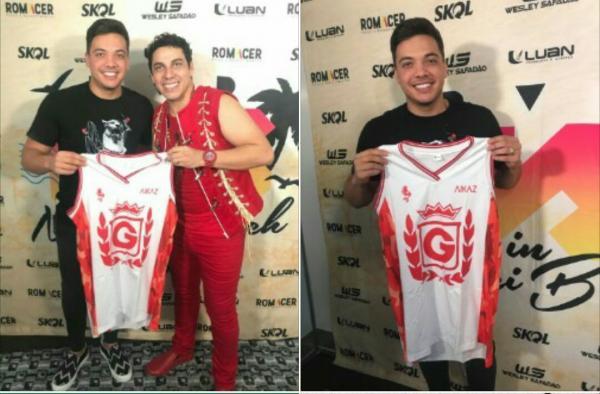 Em Maués, Wesley Safadão posa com camisa do Garantido ao lado de Sebastião Jr